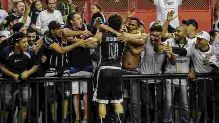 Gustavinho Lima e a torcida do Corinthians - Arquivo Pessoal/Rodrigo Coca