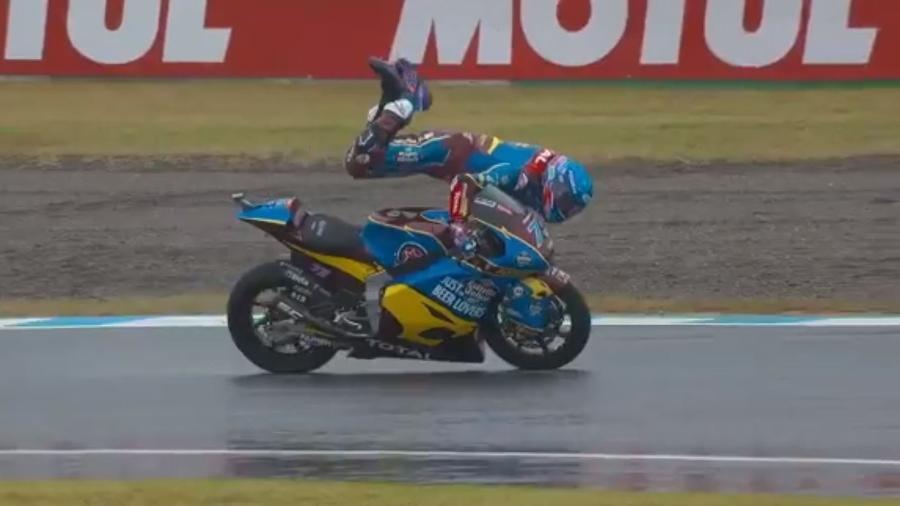 Alex Márquez evita acidente na Moto 2 - Reprodução
