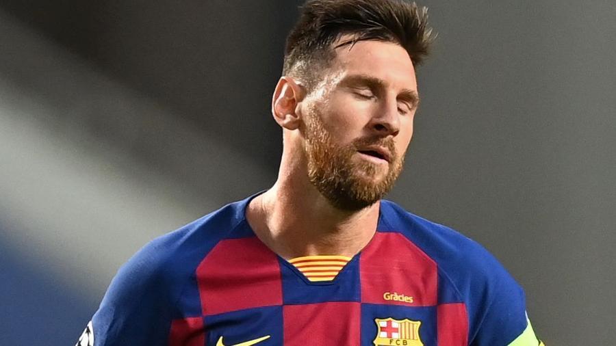 Lionel Messi lamenta um dos gols sofridos pelo Bayern contra o Barcelona, em jogo da Liga dos Campeões - Michael Regan - UEFA