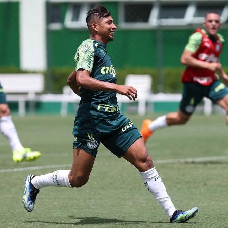 Rony, durante treino do Palmeiras, na Academia de Futebol - Cesar Greco
