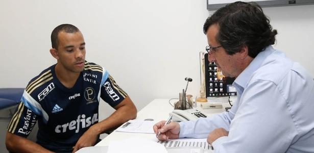 Róger Carvalho atuou pouco pelo Palmeiras nesta temporada - Cesar Greco/Ag Palmeiras