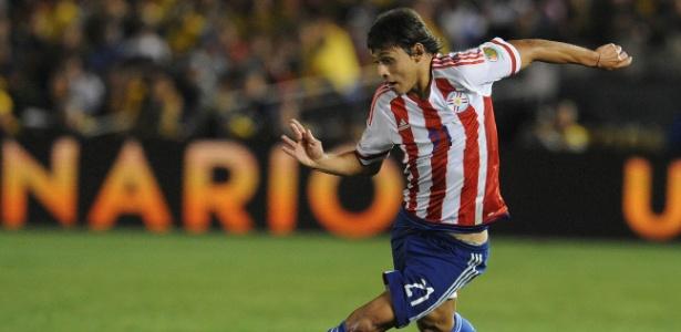 Óscar Romero em ação pela seleção do Paraguai