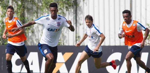 Na primeira passagem pelo Corinthians, Jô fez 16 gols em 105 jogos