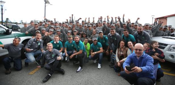 Delegação da Chapecoense chegou nesta segunda-feira a Medellín