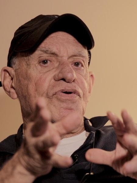 Silvio Luiz é um dos principais narradores da Rede TV! - UOL