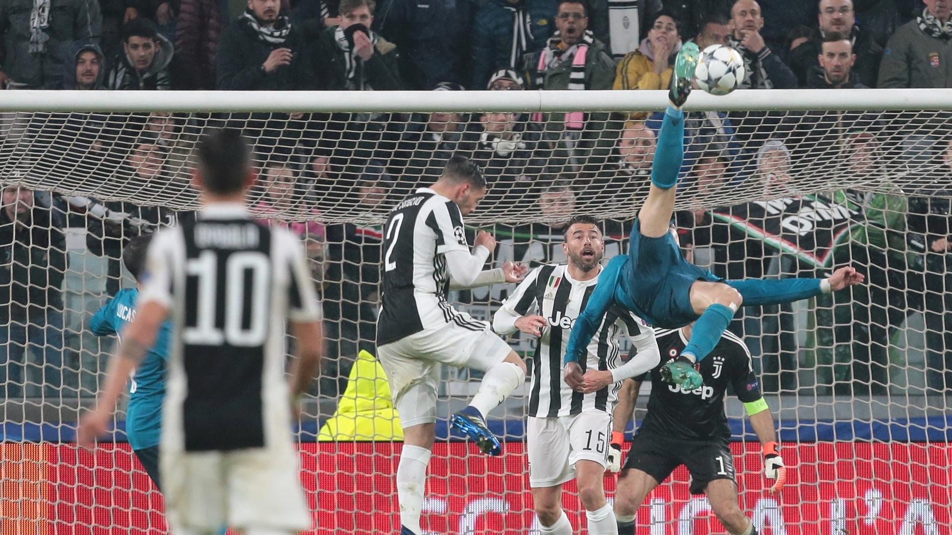 Cristiano Ronaldo faz golaço de bicicleta na partida entre Juventus e Real Madrid, pela Liga dos Campeões