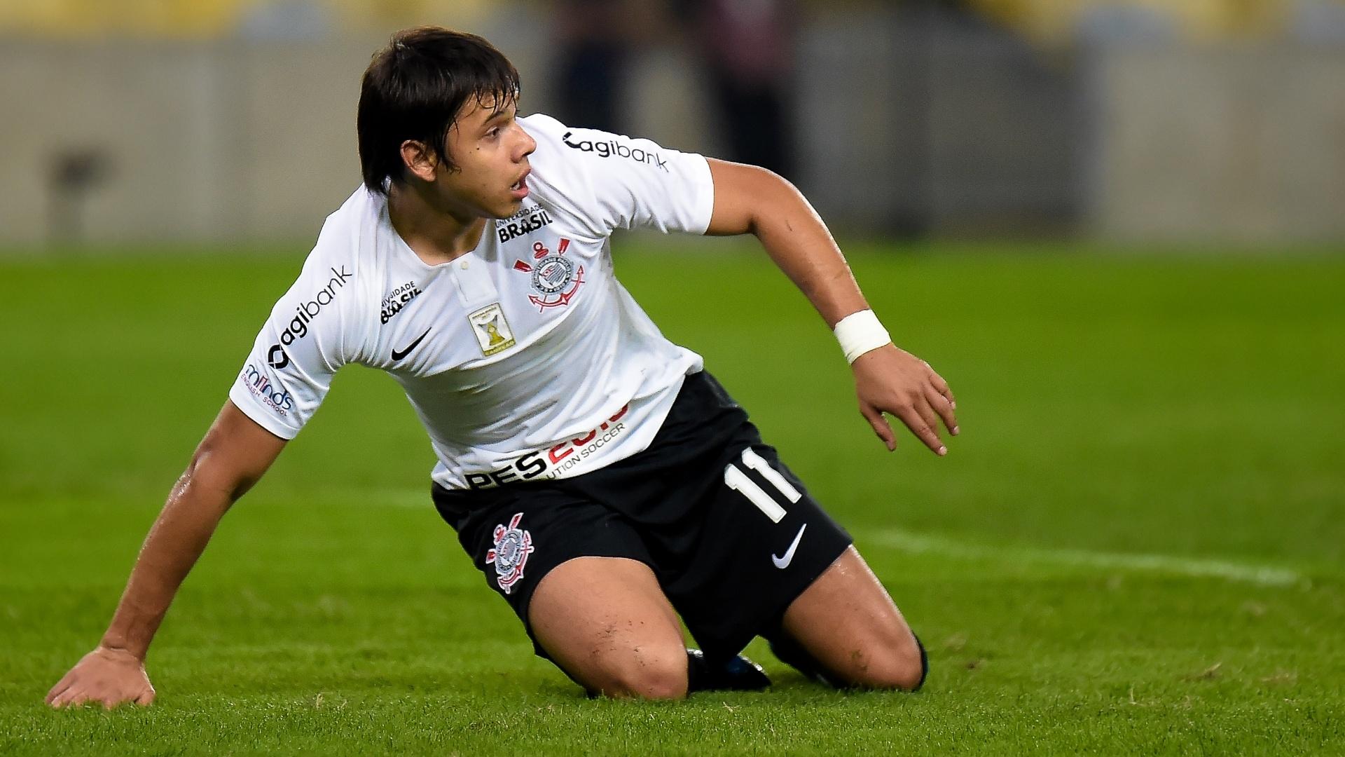 Romero lamenta chance perdida em jogo entre Fluminense e Corinthians