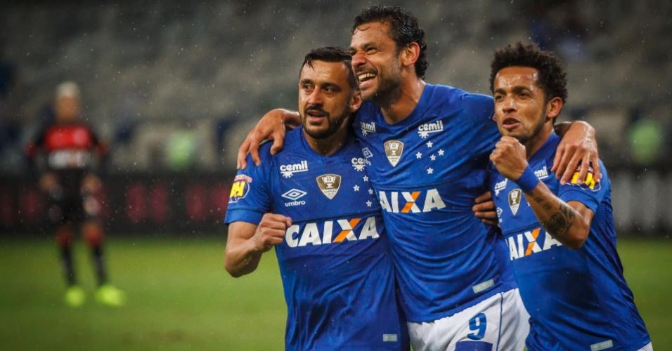 Fred comemora gol do Cruzeiro contra o Vitória 52f6160f32013