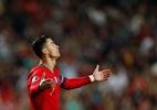 CR7 sai lesionado, e Portugal só empata; França e Inglaterra goleiam - Rafael Marchante/Reuters