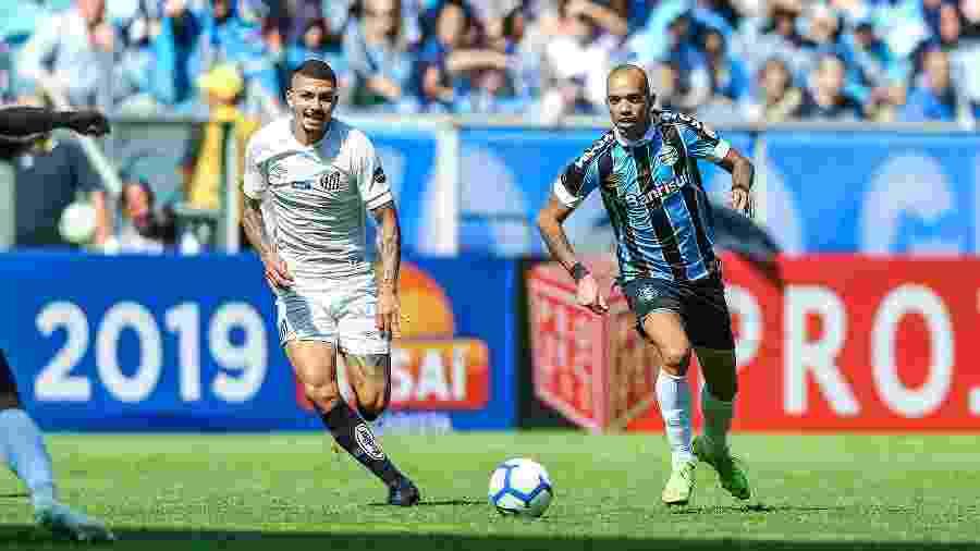 Diego Tardelli enfrentará o Galo pela primeira vez - Lucas Uebel/Grêmio FBPA
