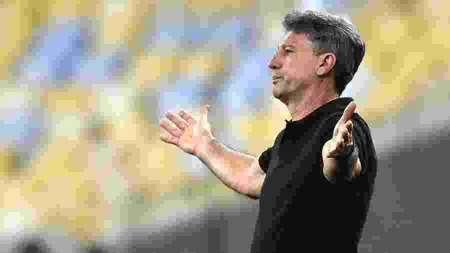 Renato Gaúcho durante o duelo contra o Flamengo - Reuters/Sergio Moraes