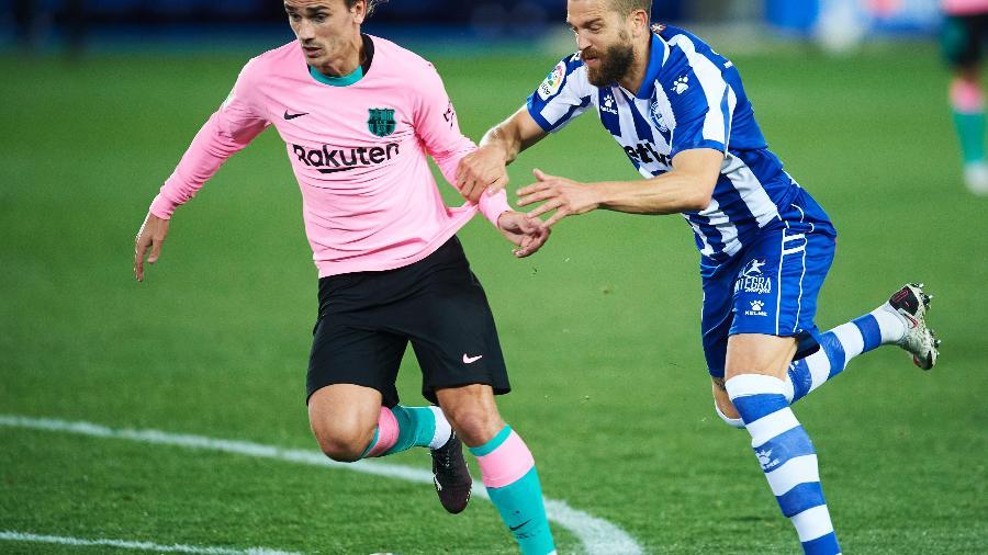 Barcelona e Alavés se enfrentam pelo Espanhol -  Juan Manuel Serrano Arce/Getty Images