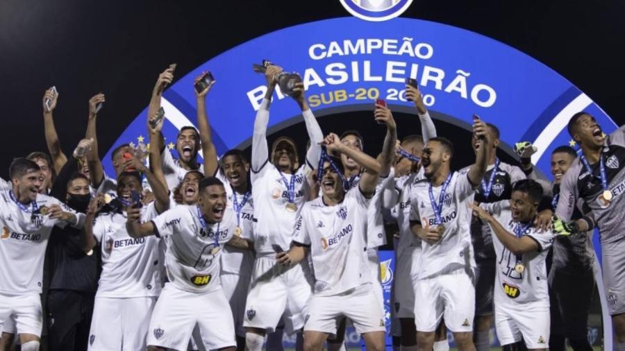 Galinho venceu o Athletico-PR nos pênaltis e se sagrou campeão do Brasileiro sub-20 - Lucas Figueiredo/CBF