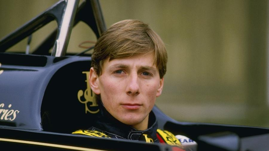 Johnny Dumfries foi parceiro de Ayrton Senna na Lotus na temporada de 1986 da Fórmula 1 - Simon Miles/Getty Images