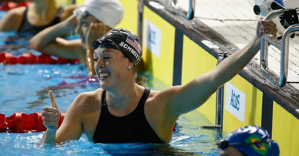 2) A nadadora americana Allison Shmitt soma três ouros e uma prata