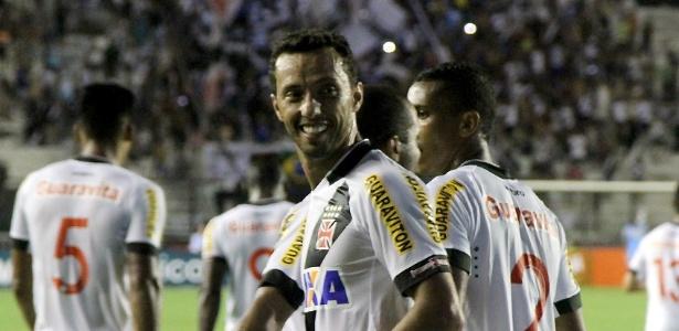 Nenê tem feito gols e dado assistências pelo Vasco desde que chegou ao clube