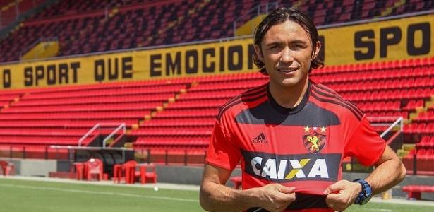 Apodi assinou contrato com o Sport até dezembro de 2016 - Williams Aguiar/Sport Club do Recife