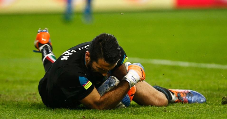Buffon em ação na partida amistoso entre Itália e Alemanha