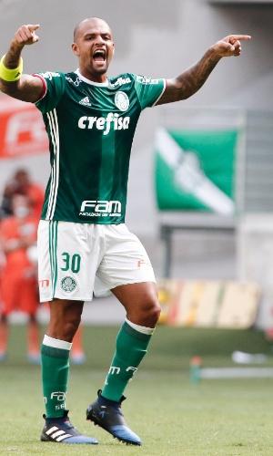 Felipe Melo comanda o Palmeiras contra a Ponte Preta