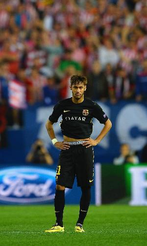 Neymar exibe cueca durante jogo do Barcelona