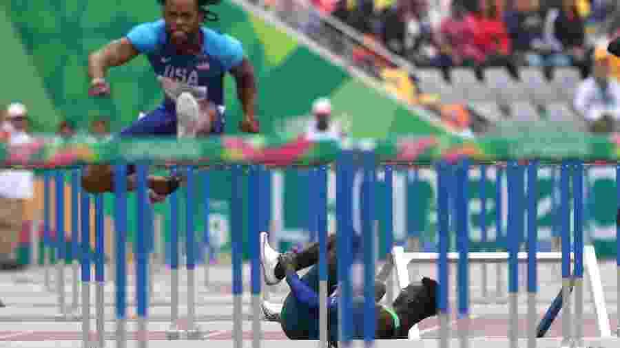 Favorito, Gabriel Constantino sofre queda e não completa final dos 110m com barreira no Pan - REUTERS/Ivan Alvarado