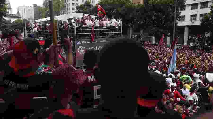 Flamengo foi campeão brasileiro com quatro rodadas de antecedência e sem entrar em campo neste domingo (24) - Ricardo Moraes/Reuters