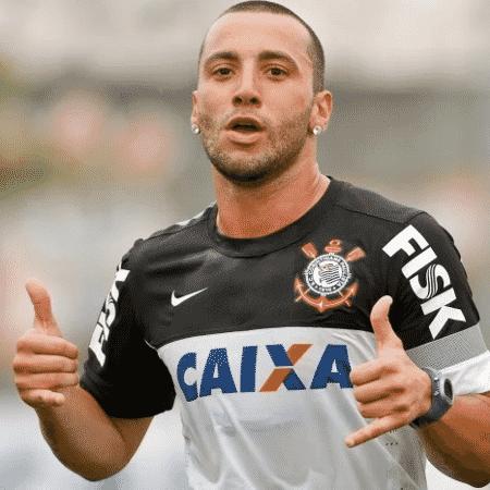 Ex-Corinthians, volante Guilherme atinge marca artilheira na Grécia - Reprodução