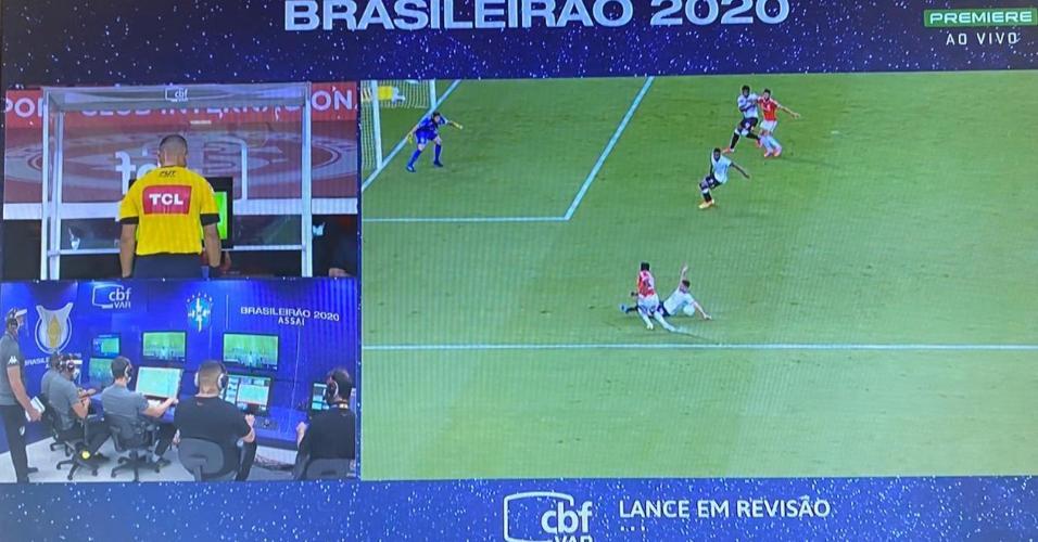 Após consulta ao VAR, Internacional não tem pênalti marcado no Beira Rio