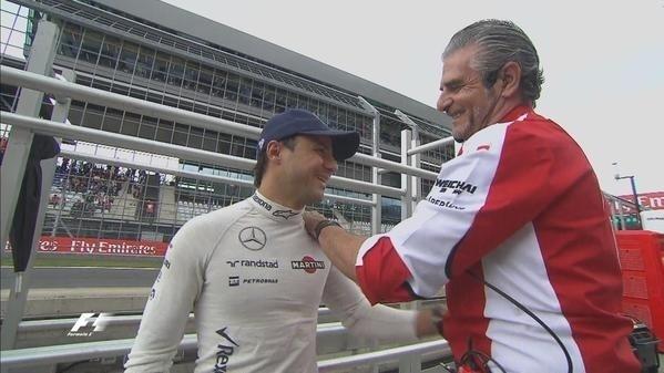 Depois do susto, Massa foi cumprimentar o chefe da Ferrari
