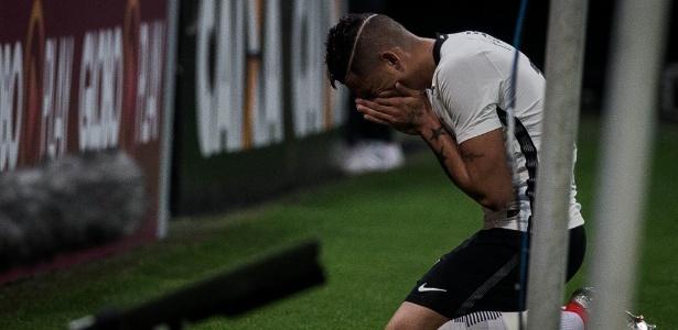 Luciano se emocionou com gol sobre o Santa Cruz - Eduardo Anizelli/Folhapress