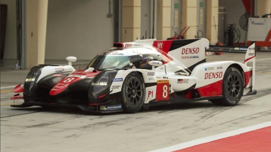 Fernando Alonso testa carro que vai correr nas 24 Horas de Daytona - Divulgação WEC