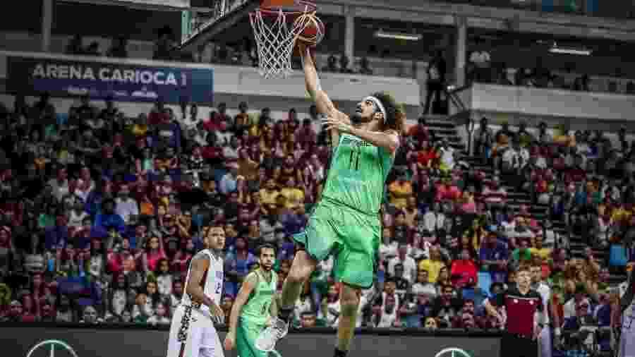 117daf11d9 Varejão comemora classificação do Brasil à Copa do Mundo de basquete ...