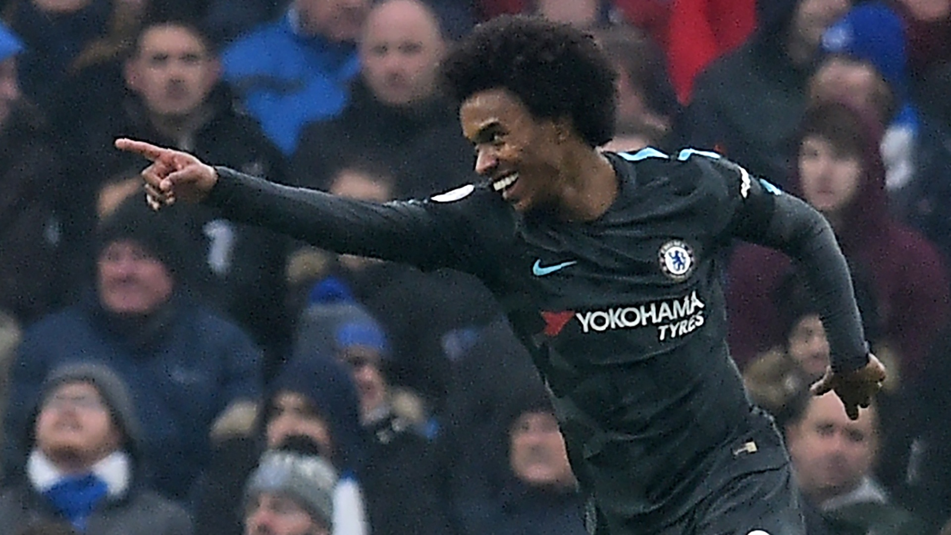 Willian comemora gol do Chelsea sobre o Brighton