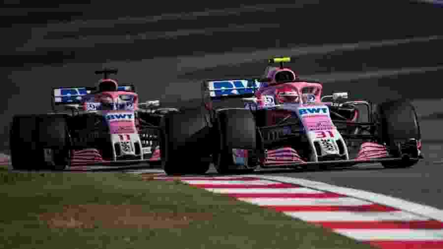 Esteban Ocon Sergio Perez Force India Fórmula 1 GP da China - Johannes Eisele/AFP