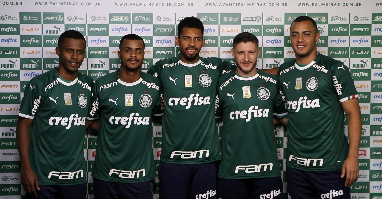 Palmeiras tem recorde de venda de uniforme e comemora início de parceria -  Esporte - BOL 6d4513e6cbf01
