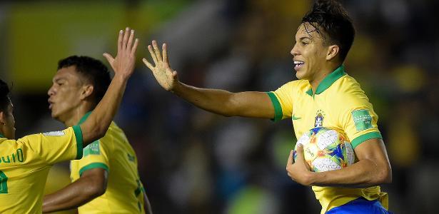 Seleção sub-17 | Brasil reage, vira contra a França e pega México na final do Mundial