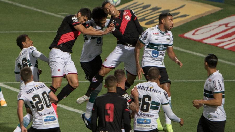 Coritiba venceu o Atlético-GO no jogo do primeiro turno por 1 a 0, no Couto Pereira - Robson Mafra/AGIF