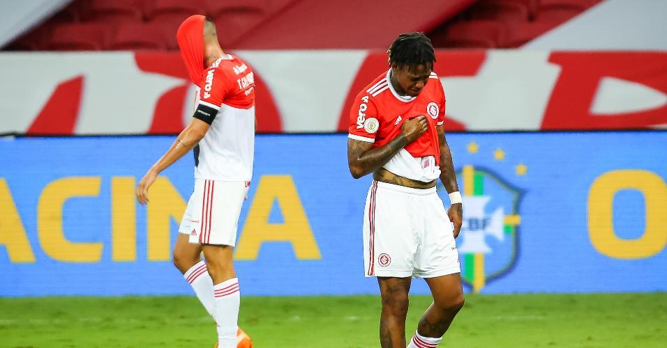 Jogadores do Inter lamentam vice-campeonato do Brasileirão
