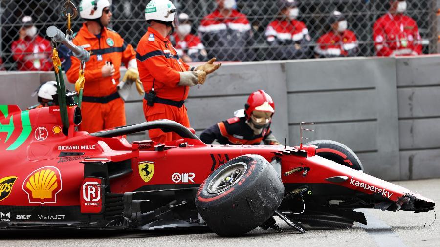 Carro de Charles Leclerc ao final do treino do GP de Monaco: primeira pole da Ferrari desde 2019 veio com acidente - Clive Rose - Formula 1/Formula 1 via Getty Images