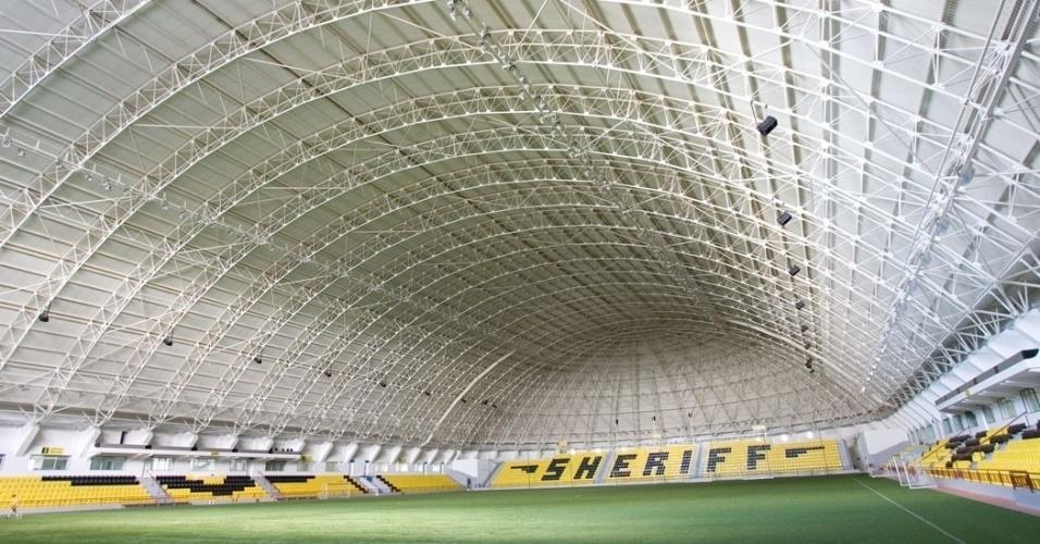 Um dos três estádios do Sheriff é coberto para jogos no inverno