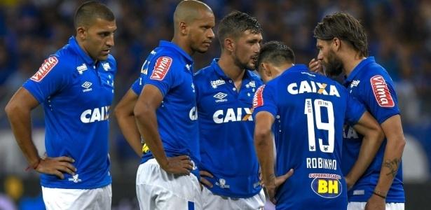 Contra o Grêmio, Cruzeiro joga suas últimas fichas para tentar terminar o ano com um título