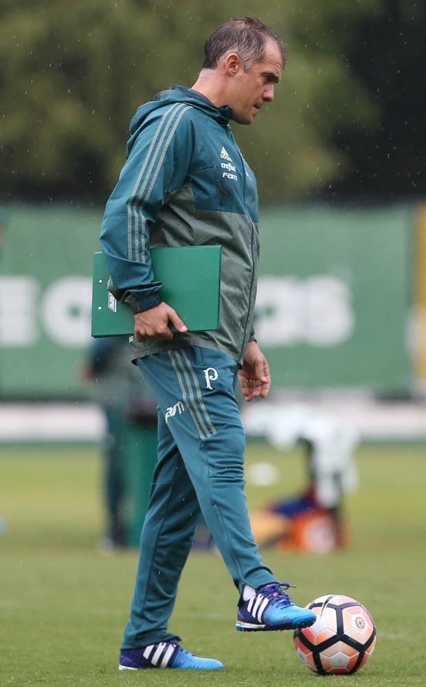 Eduardo Baptista treino Palmeiras