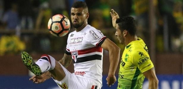 Lucão foi um dos destaques do São Paulo em partida na Argentina e ganhou moral