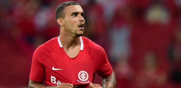 William Pottker, do Inter, marca na estreia pela segunda divisão Brasileiro