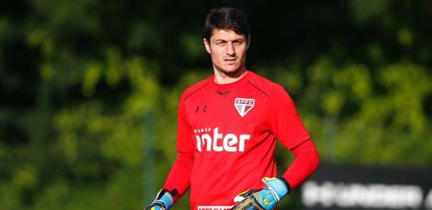 Denis foi pouco utilizado neste ano e puxa a fila dos jogadores que deixarão o São Paulo