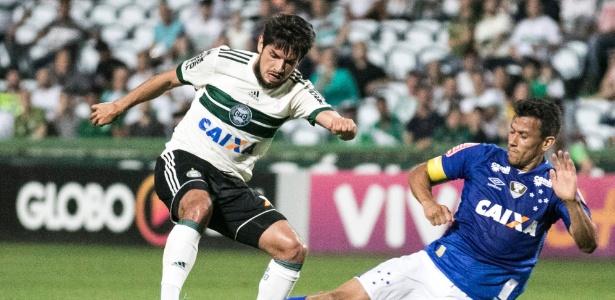 Tiago Real jogou a temporada 2017 pelo Coritiba, que, assim como a Ponte, foi rebaixado