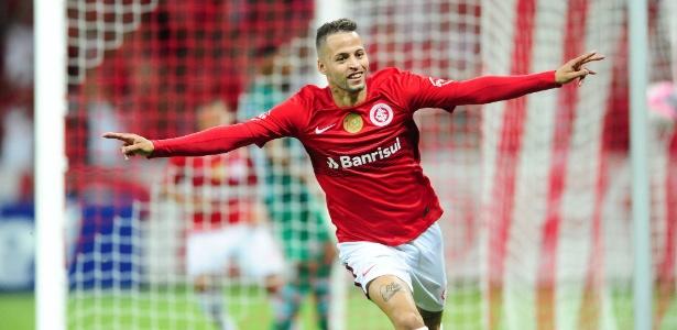 Nico López é um dos jogadores que disputa posição no time ideal do Internacional - Ricardo Duarte/Inter