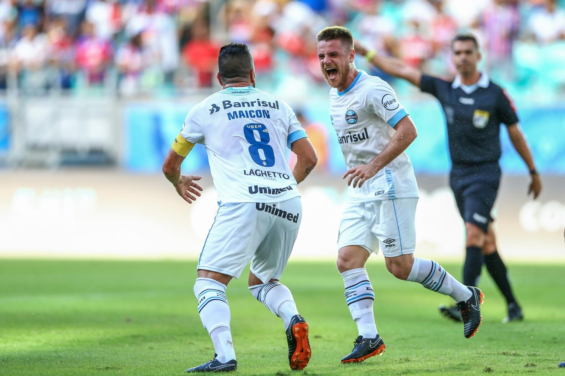 0316180f84c28 Grêmio faz 2 a 0