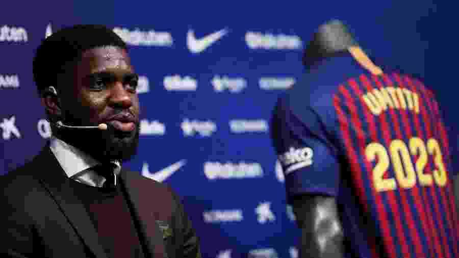 Samuel Umtiti pode defender a Inter de Milão em negociação de troca de jogadores - Albert Gea/Reuters