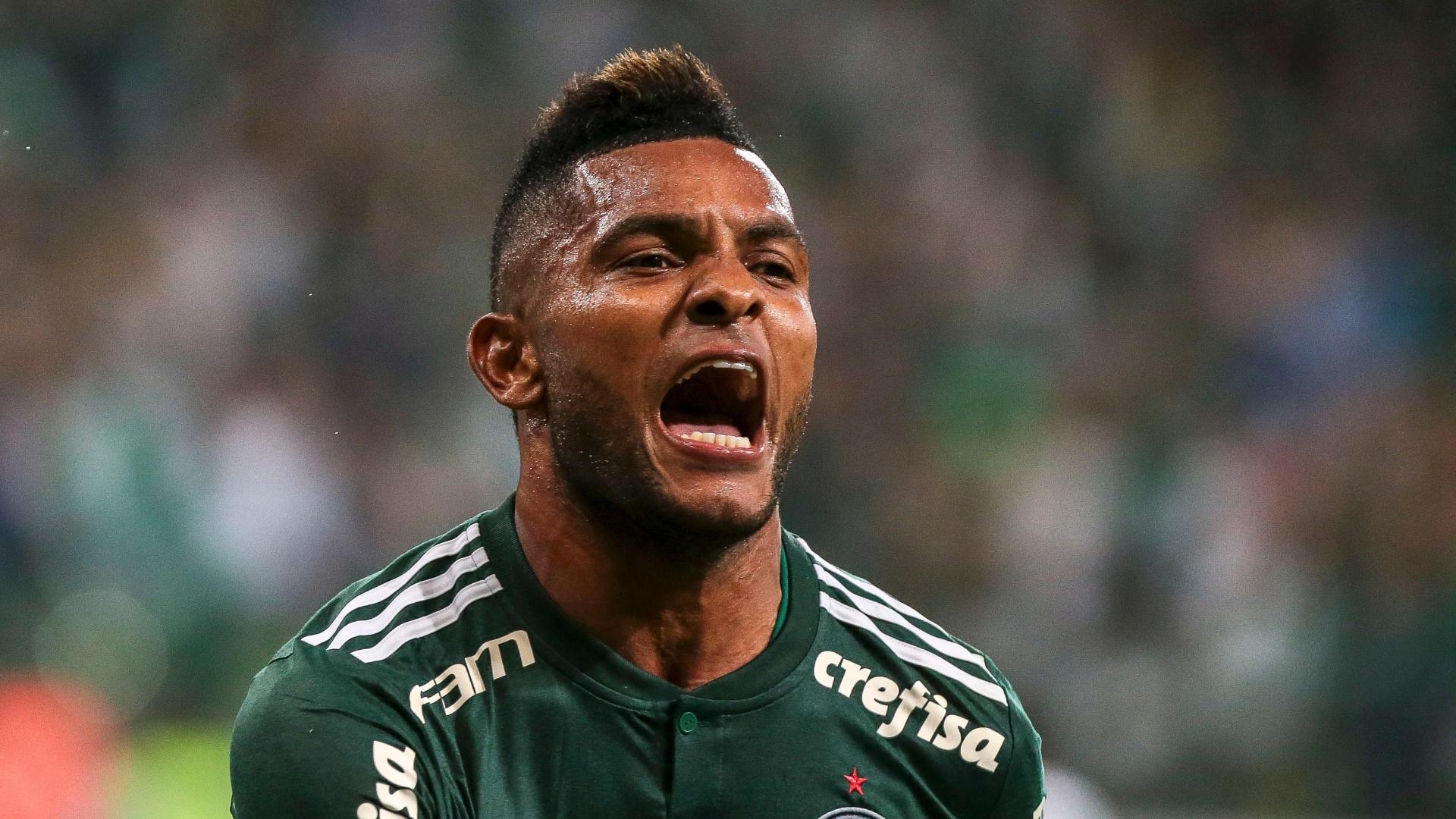 Borja comemora após marcar pelo Palmeiras sobre o Fluminense